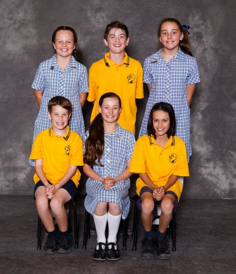 SCHOOL CAPTAINS 2018b